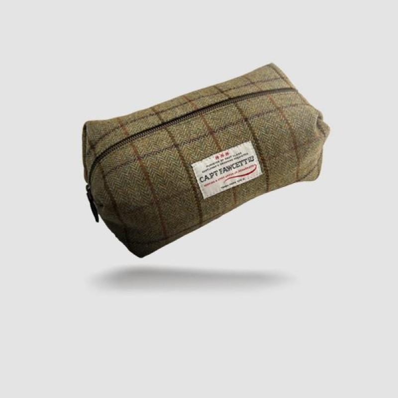 Νεσεσέρ - Captain Fawcett - Tweed Wash Bag